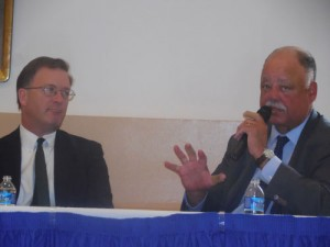Robert Doar (left) and David R. Jones discussed their fathers' lives and legacies at recent Restoration breakfast.