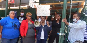 NYS Assemblywoman  Annette Robinson, flanked by community advocates at a media event coordinated by Sharonnie Perry, far leſt , encouraged community residents to break the silence about their real estate and housing challenges. (Credit: BGreen)