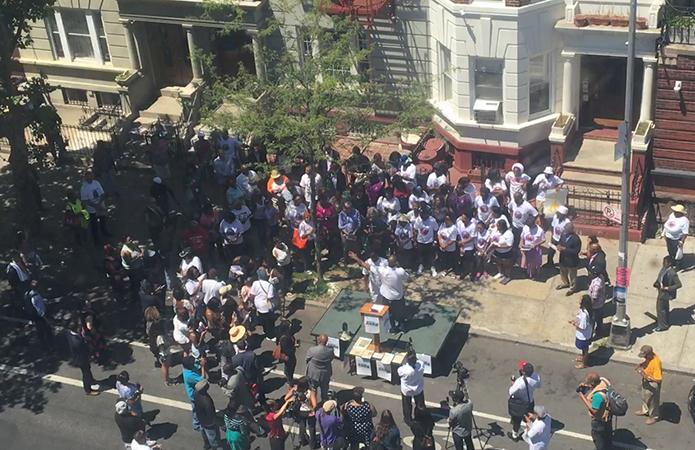 Scenes of a Crime: On Kingston Avenue, a Justice Rally for Chanel Petro-Nixon