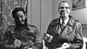Fidel met Black activist Malcolm X in September 1960 before a U.N. General Assembly meeting. Fidel would cross paths with many other history makers in his more than 50 years of political leadership. | Photo: Reuters