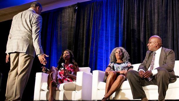 Ed Gordon vs. Omarosa at the NABJ Convention!