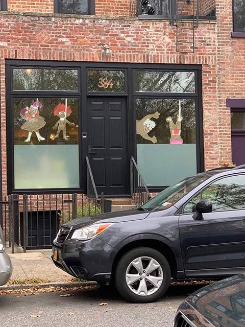 Waverly Avenue store window angers neighbors.photo/Marlon Rice