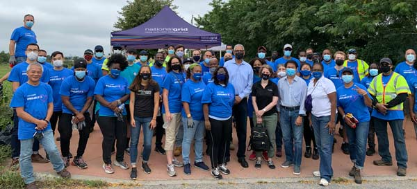 National Grid Employees Give Back