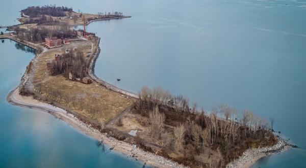"""Councilman Rodriquez Endows Hart Island """"Potter's Field"""" With Heart"""
